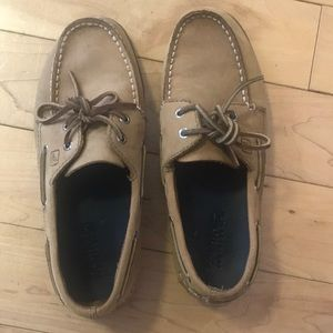 Women's / youth tan leather Sperry boat dock shoes
